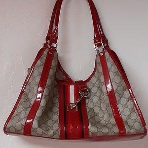 Authentic  Gucci leather Purse